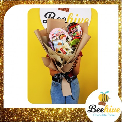 Beehive Chocolate Samyang Korean Instant Noodles with Seaweed Bouquet Gift Set
